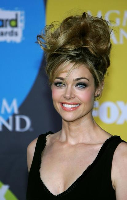 Denise Richards at the 2006 Billboard Music Awards.